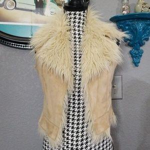Beautiful Stylish Faux Fur Vest